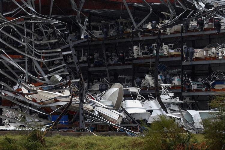 HurricaneHarvey-Boatdock-AdreesLatif-Reuters-50
